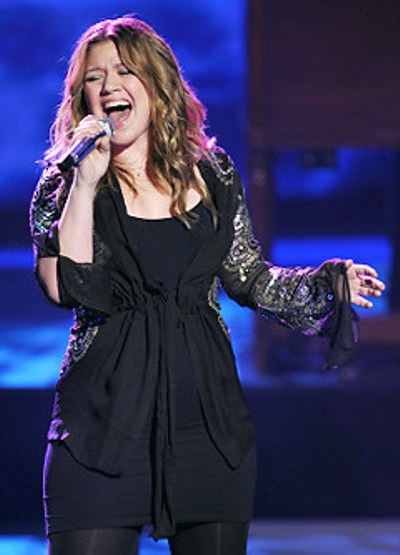 Kelly Clarkson at Save Mart Center